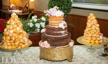 Lake Arrowhead Wedding Cakes