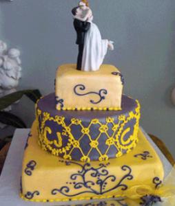 lake arrowhead wedding cake